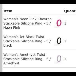 Qalo Rings size 5